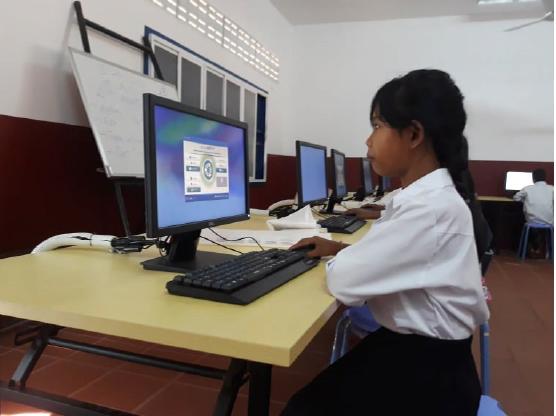 [JPee s'engage] Cambodge – électrification d'une école : 250 élèves ont désormais accès à une salle d'informatique